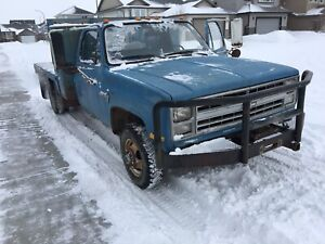 1987 Custom Deluxe k30 Dually deck truck