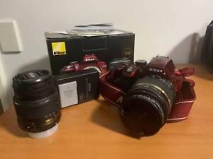 Nikon D3300 with 2 lenses near new