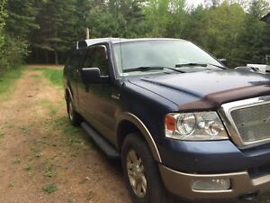 2004 Ford F-150 loaded lariat 5.4 4x4