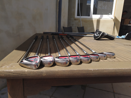 golf set: Callaway irons and drivers