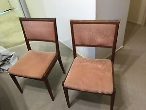 Dining set- must go Casula Liverpool Area Preview