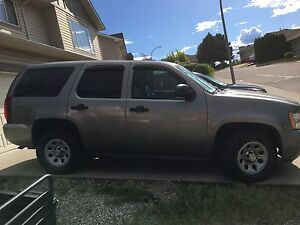 2008 Chevrolet Tahoe 4WD LOW KMS!!!