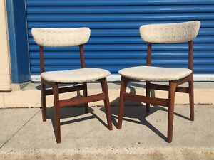 Pair of Mid century modern Teak chairs- good condition!