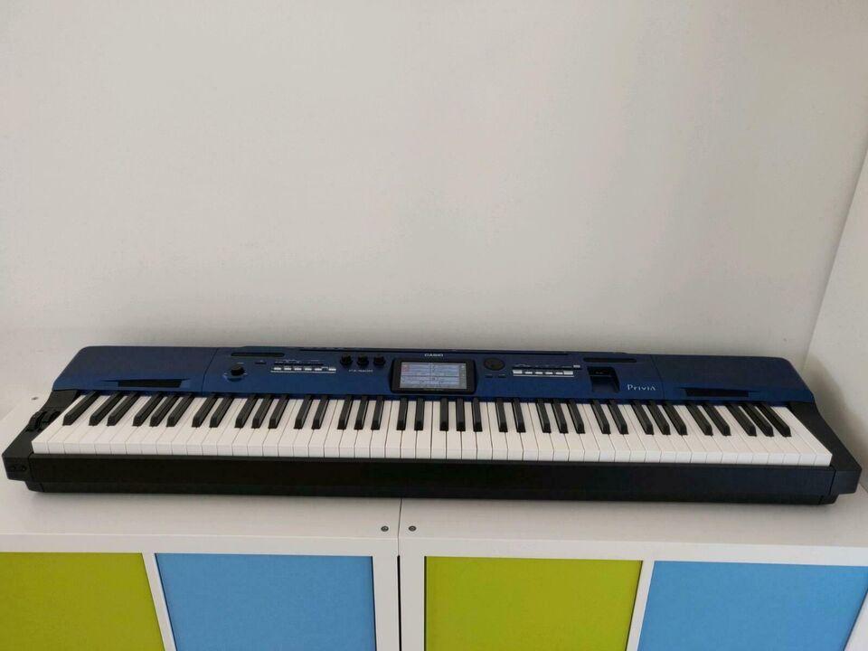 Casio Privia PX 560M,Stagepiano,Synthesizer,Arranger Keyboard, 88 in Hamburg