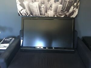 Télévision LG 42 pouces 1080P full HD