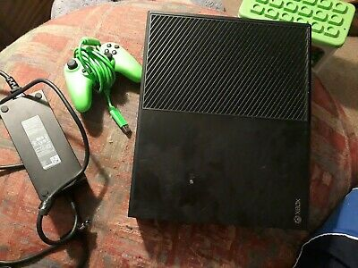 Microsoft 1540 Xbox One 500 GB Console - Black