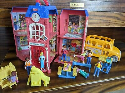 Fisher Price Sweet Streets School COMPLETE SET INCLUDING BUS