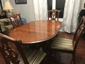 Cherry wood table, 6 chairs and server