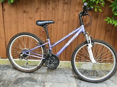 Apollo Junior 24 inch Wheel Girls Bike 18 speed Shimano gears Little used