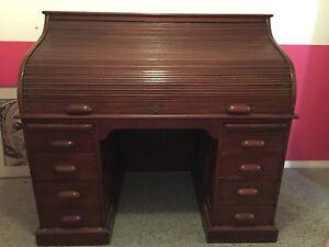 Antique desk Kurrajong Hills Hawkesbury Area Preview
