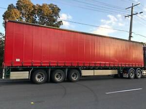 24 pallet tautliner trailer for sale