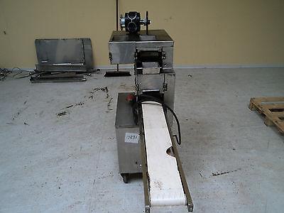 RAVIOLIMASCHINE Ravioli Nudelmaschine Nudel Maschine gebraucht Pasta Maschine