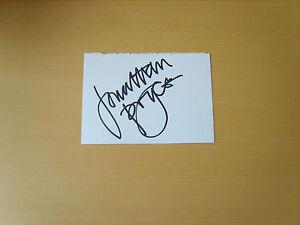 Jonathan-Pryce-Genuine-Autograph-UACC-AFTAL