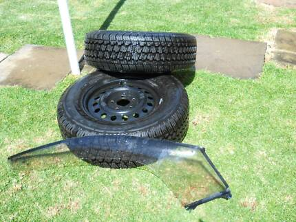 2 sets of TYRES  with RIMS & HUB CAPS, TOW BAR, 12v AIR COMPRESSO