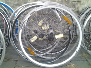 Refurbished bike bicycle wheels, 700 hybrid 135mm rear 8/9/10spd Maribyrnong Maribyrnong Area Preview