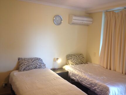 Fortitude Valley shared room for rent