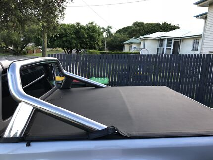 Roll bar/tray cover