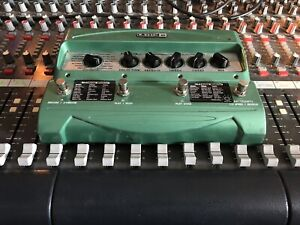 Line 6 DL4 delay w/adapter