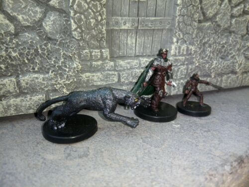 Dungeons And Dragons Miniatures Game Figures D20 Wizards Of The Coast Pathfinder - $9.99