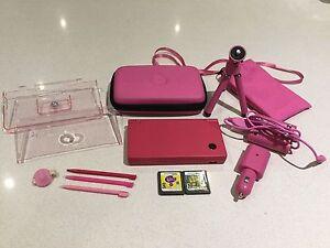Nintendo DSi fir sale