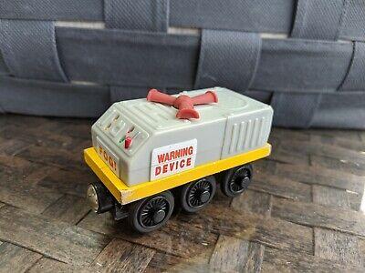 THOMAS THE TRAIN~TANK~FOG HORN EMERGENCY CAR~WOODEN TRACK~SODOR RAILWAY WOOD