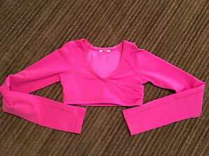 Ivivva size 6 top