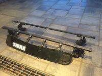 Barres de support de toit Sportrack Frontier + déflecteur Thule