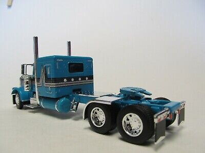DCP FIRST GEAR 1/64 SCALE 389 PETERBILT FLAT TOP, TEAL WITH BLACK/ SILVER STRIPE 4
