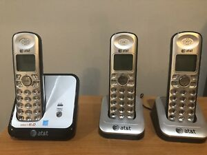AT&T DECT 6.0  3 Cordless Phones with caller ID