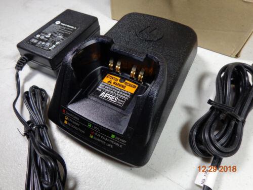 Motorola APX8000 Radio VHF APX7000 APX 6000 NNTN7079A Impres V3.9 Radio Charger