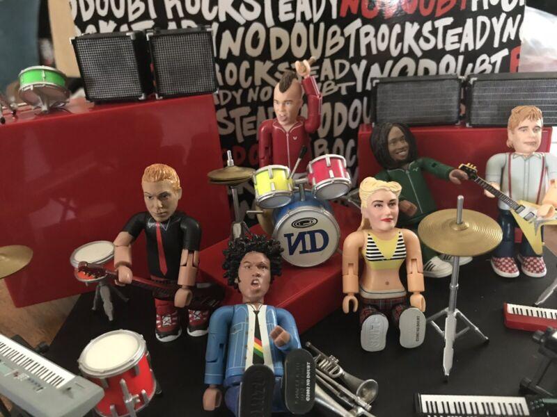 Smiti No Doubt Figure Rock Band Playset W/ Stage Drums & Speakers Gwen Stefani