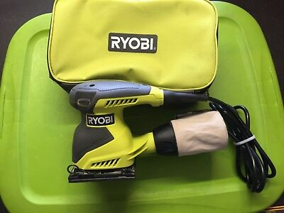 Ryobi S652DG 1/4'' Sheet Palm Finishing Power Sander with Bag. Dated 2017