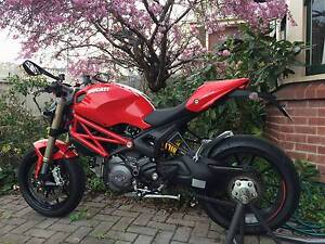 Ducati Monster 1100 EVO ABS Sandy Bay Hobart City Preview