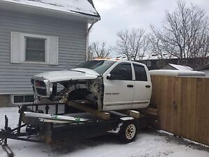 2006 dodge 2500  cab  an other parts