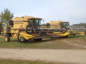 New holland tr 98 combines