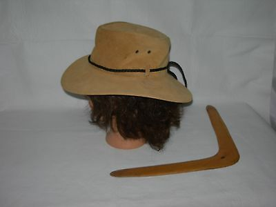 Australian Set LEATHER HAT & BOOMERANG~Crushable Pakflat Aussie Bush Hat~small (Australian Halloween Costumes)