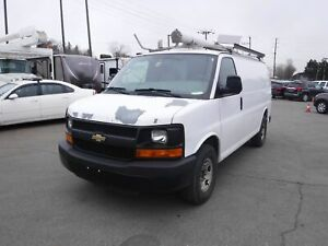 2008 Chevrolet Express 2500 Cargo Van with Ladder Rack and Rear