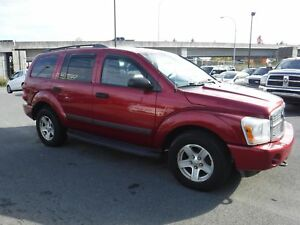 2006 Dodge Durango SLT (Leather & Sunroof)