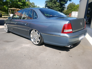 2005 HOLDEN WL STATESMAN V6 SEDAN