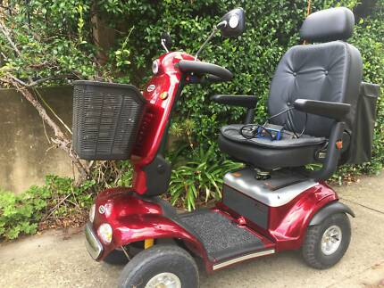Mobility scooter in sydney region nsw scooters gumtree shoprider mobility scooter te889sl deluxe hardly used fandeluxe Images