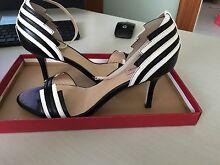 Diana Ferrari women's shoes size 9.5 Cranebrook Penrith Area Preview