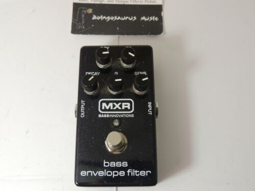 MXR M82 Bass Envelope Filter Auto Wah Effects Pedal Dunlop Free USA Shipping