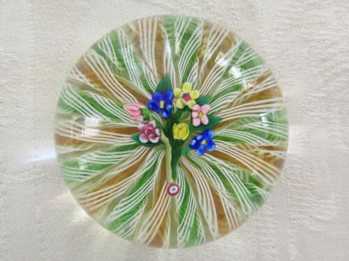 Rare Vintage Paul Ysart Glass Paperweight Six Flower Bouquet Embedded H
