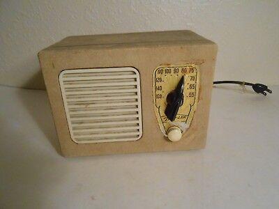 Vintage Superheterodyne tube radio model 50500 in Non-working condition