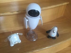 Talking Eva from Wall E and penguin + puppy dance/music/lights