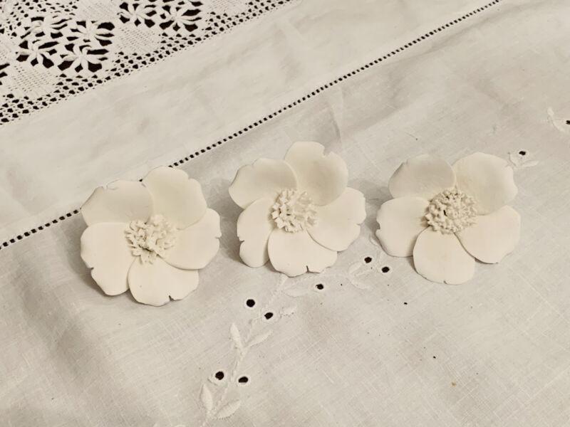 Wedgwood+White+Unglazed+Matt+Single+Petal+Rose+x+3+Capodimonte+style