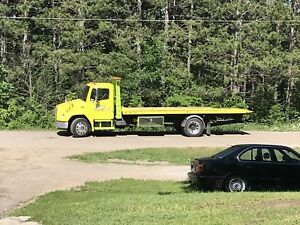 2004  tilt&load flat bed towing plate forme tow truck wreckers