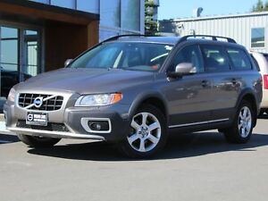 2010 Volvo XC70 3.2 AWD | HEATED LEATHER | SUNROOF