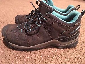 Women's keen hiking shoe - size 11
