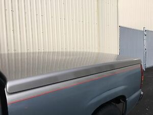 Raider hard top tonneau cover